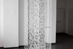 o-t-raumobjekt-2010-aus-dem-zyklus-schichten-kunststoff-auf-acryl-200-x325-x80cm-preis-2690-euro